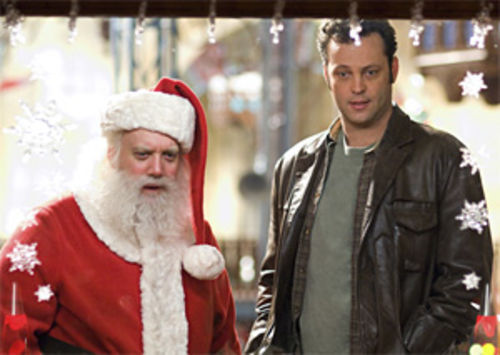 Paul Giamatti and Vince Vaughn exhibit brotherly love in Fred Claus.