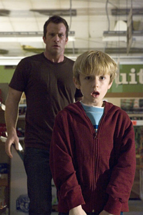 Thomas Jane and Nathan Gamble star in The Mist.