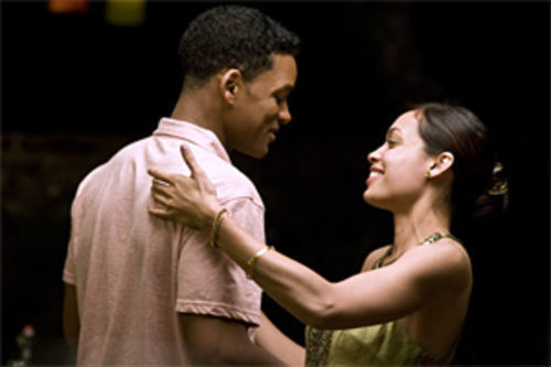 Will Smith and Rosario Dawson fail to engage in Seven Pounds.