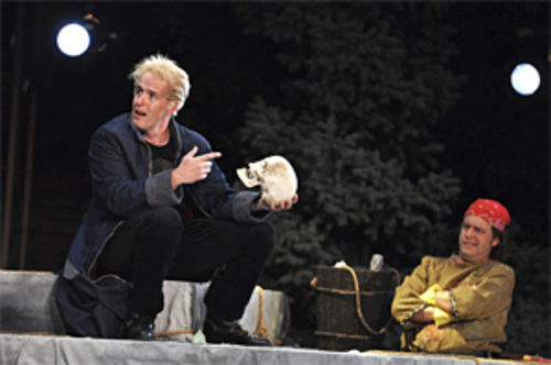 Stephen Weitz (left) and Gary Alan Wright in Hamlet.