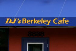 DJ\'s Berkeley Cafe