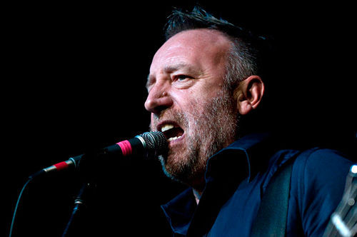 Peter Hook rediscovers Joy.