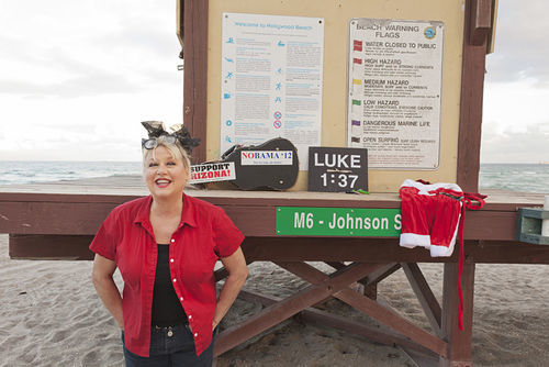 Victoria Jackson at a gig hosting a Christmas show on a Florida beach.