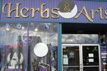 Herbs & Arts