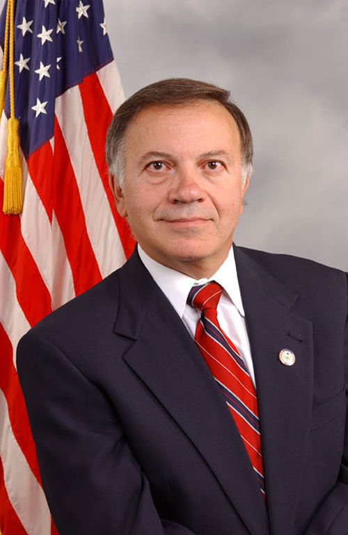 Tom Tancredo may not like Mexicans, but he likes Mexican food.