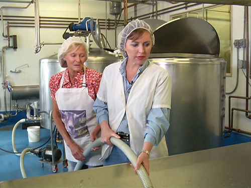 In the first episode of her cooking show, Claudia Folska visits the Jumpin' Good Goat Dairy in Buena Vista.