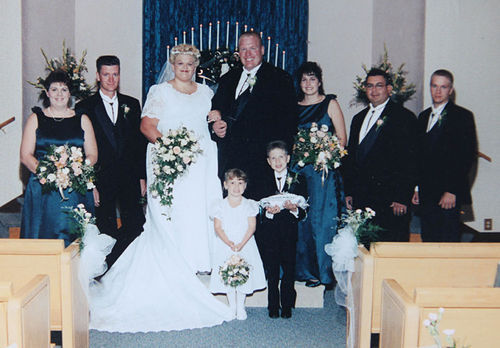 Jeremy and Lori Stodghill were married in 2001.