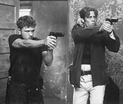 Ryan Phillippe and Benicio Del Toro are trigger-happy in  The Way of the Gun.