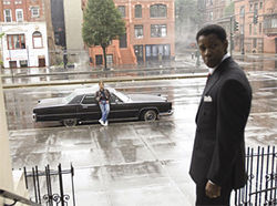 Denzel Washington's outlaw finds Russell Crowe's cop waiting in American Gangster.