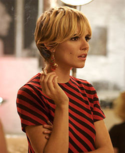 "Sienna Miller is just a facsimile of the original ""It"" girl."