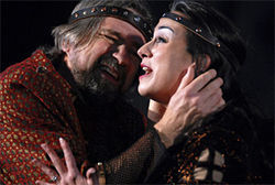 Spot removal: Philip Sneed and Karen Slack as Macbeth and Lady Macbeth.