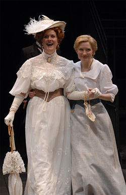 Jeanne Paulsen (left) and Nisi Sturgis in Mrs. Warrens Profession.