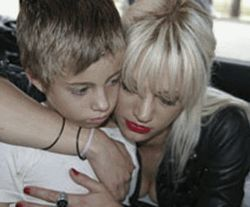 Asia Argento shows Jimmy Bennett that The Heart 
