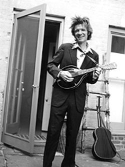 Former Del Fuegos frontman Dan Zanes isn't just for  grownups anymore.