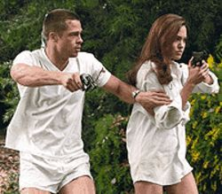 Lethal lovin&#039;: Brad Pitt and Angelina Jolie in Mr. &amp; 