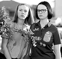 You Ghost, girl: Scarlett Johansson and Thora Birch haunt Ghost World.
