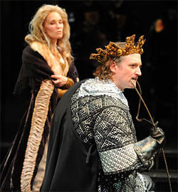 Kathleen McCall and Andrew Long star in Richard III.