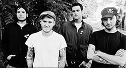 Gaslight Anthem shows who's boss.